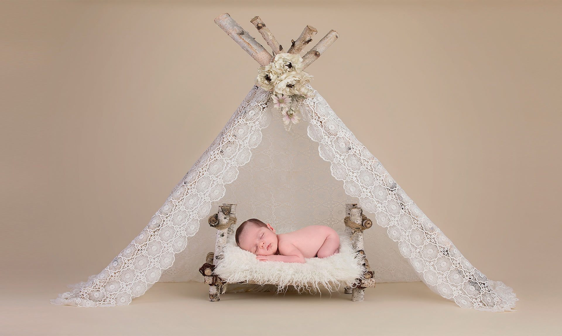 צילומי ניו בורן, בסטודיו מאובזר ומותאם לצילום תינוקות ניו בורן