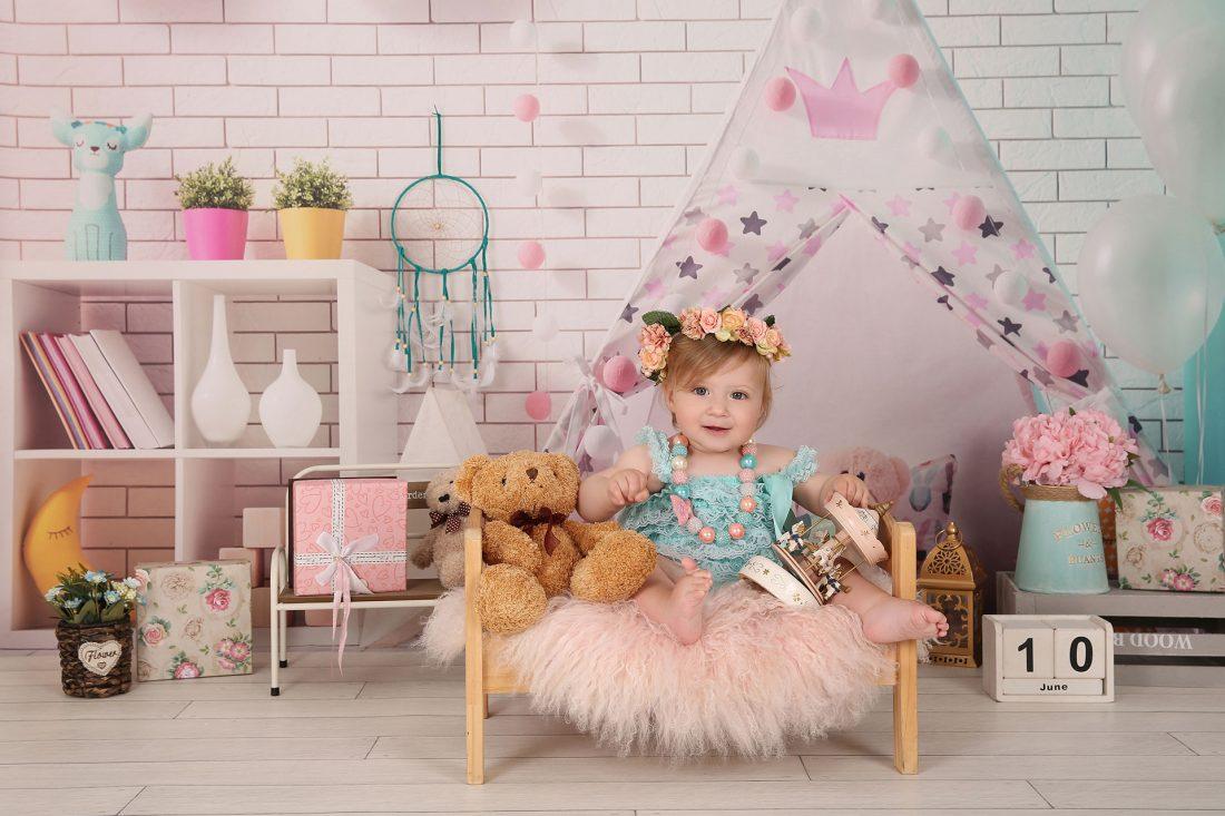 צילומי ילדים בסטודיו, מגוון רקעים ואבזרים - מספר סטים פתוחים, סטודיו צעדים 050-8822665
